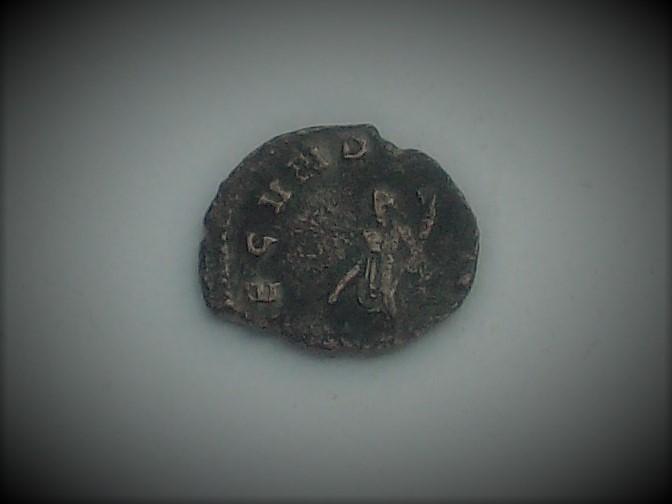 Antoniniano o Denario recortado de Salonina. FECVNDITAS AVG. Roma 102_4446