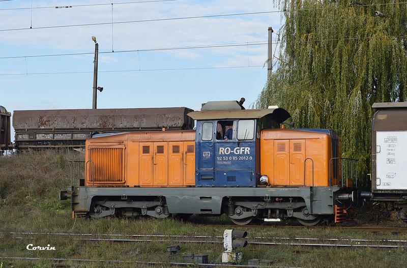 Locomotive clasa 85 (LDH 70) - Pagina 20 Dsc_0071