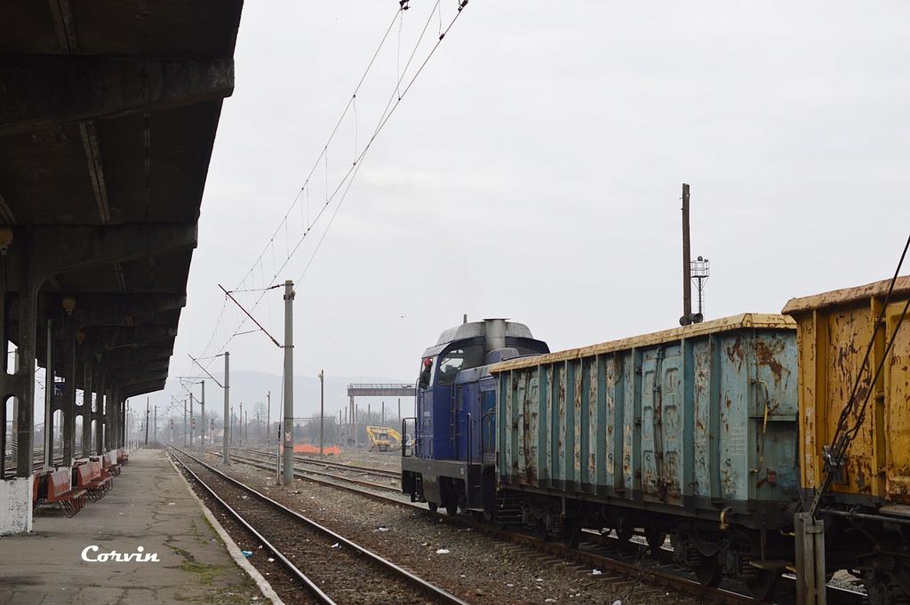 Locomotive clasa 85 (LDH 70) - Pagina 20 Dsc_0240