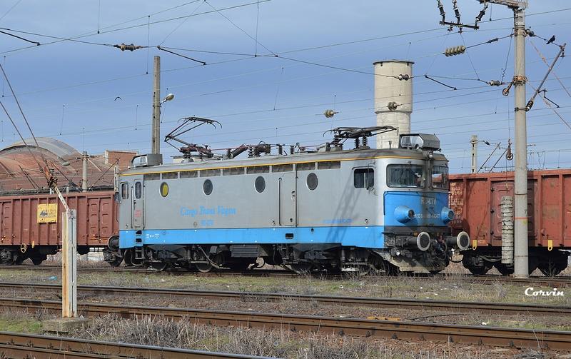Locomotive clasa 46 - Pagina 57 Dsc_0369