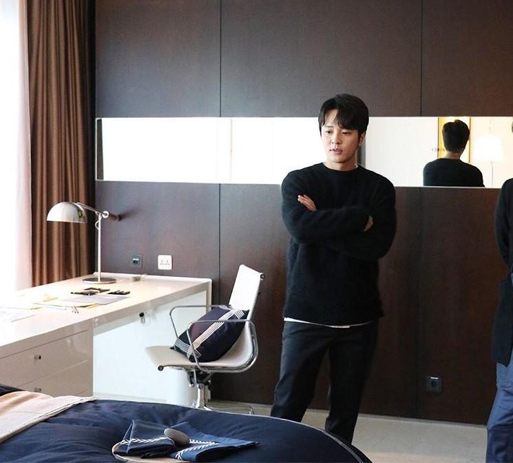 KIM JEONG HOON COMO INVITADO EN UNA FIESTA PRIVADA DE LA MARCA CROWN GOOSE Foto_114