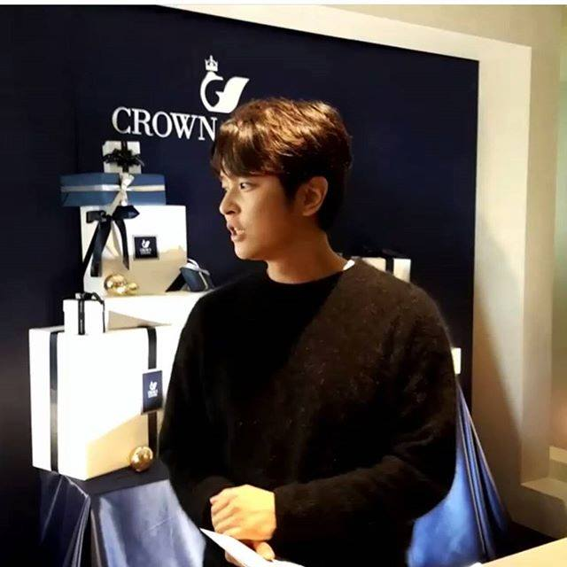 KIM JEONG HOON COMO INVITADO EN UNA FIESTA PRIVADA DE LA MARCA CROWN GOOSE Foto_132