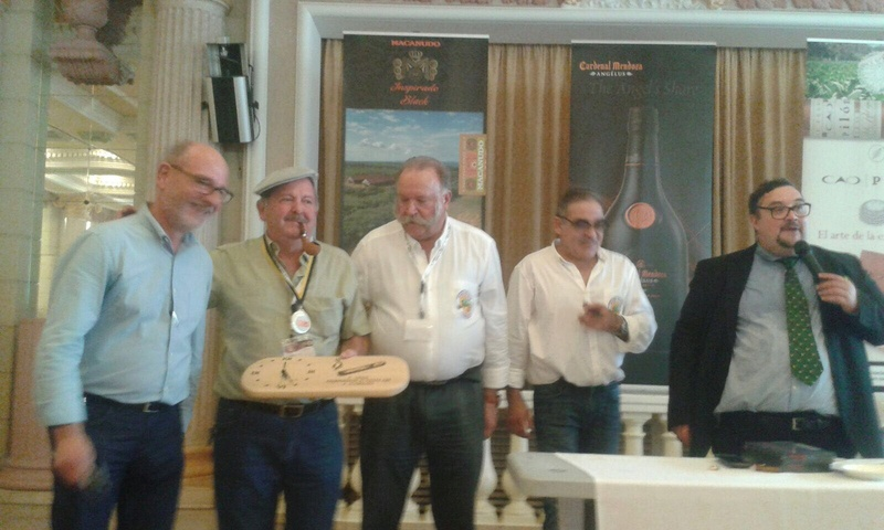 El Campeón del 1º World Championship of Cigar Ash 6e510a10