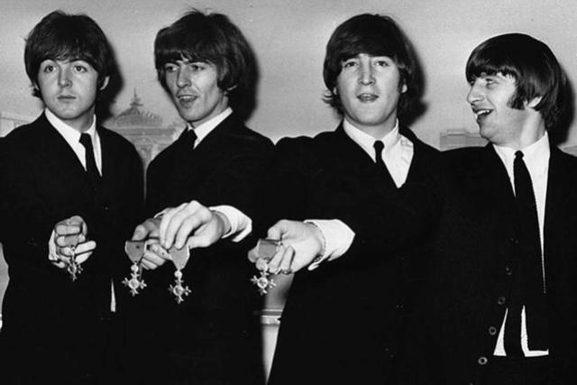 Actori ,artisti celebri - Pagina 5 Beatle11