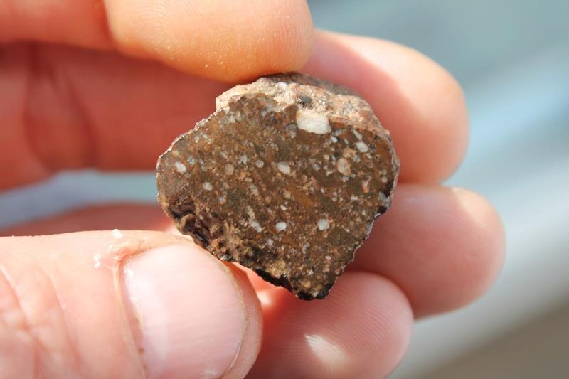 pierre a identifier svp Img_3224