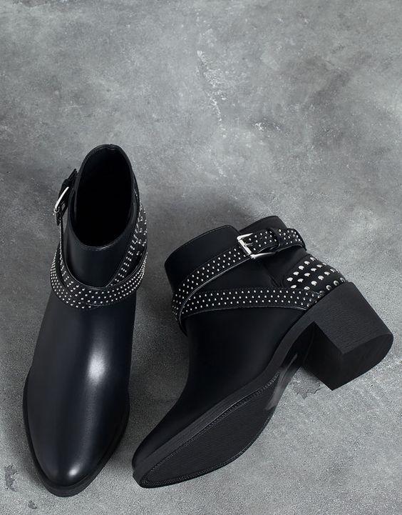 Zapatos - Botas - Botines - Sandalias - etc A6511610