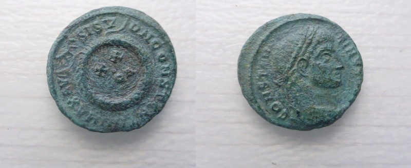 AE3 de Constantino I. DN CONSTANTINI MAX AVG / VOT XX. Siscia P1060012