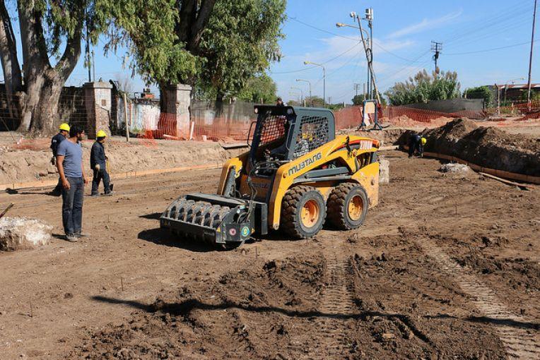 SAN ISIDRO: CONSTRUYEN LOS PUENTES CARRETEROS DEL FUTURO TÚNEL DE SARRATEA. 00122
