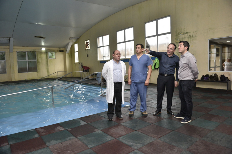 Malvinas Argentinas: Nardini visitó el hospital de rehabilitación _car7810