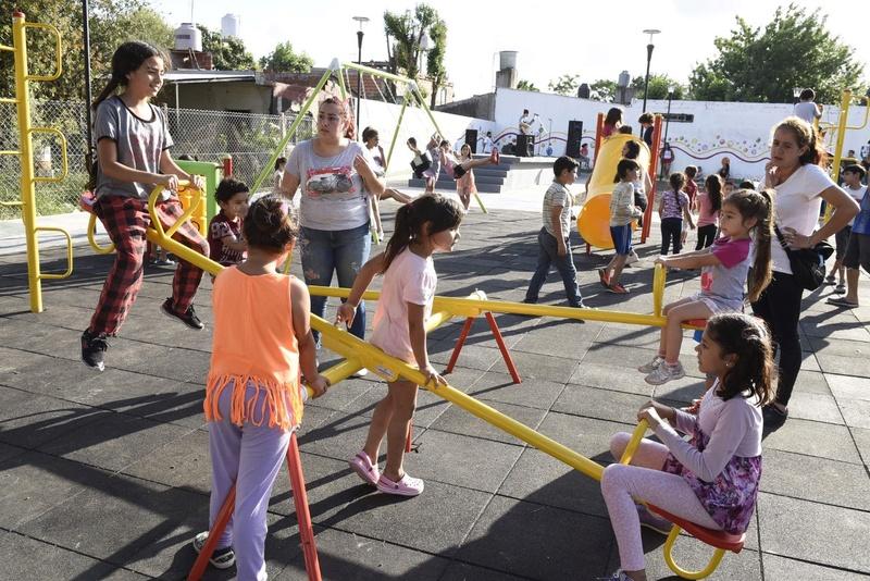 Malvinas Argentinas: Nardini presentó un renovado espacio público para las familias Thumbn15