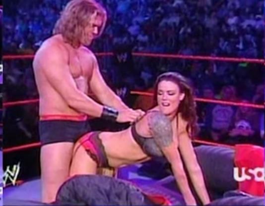 LO QUE NO SABÍAS DE LA WWE (Lucha Libre) - Página 4 Bluest10