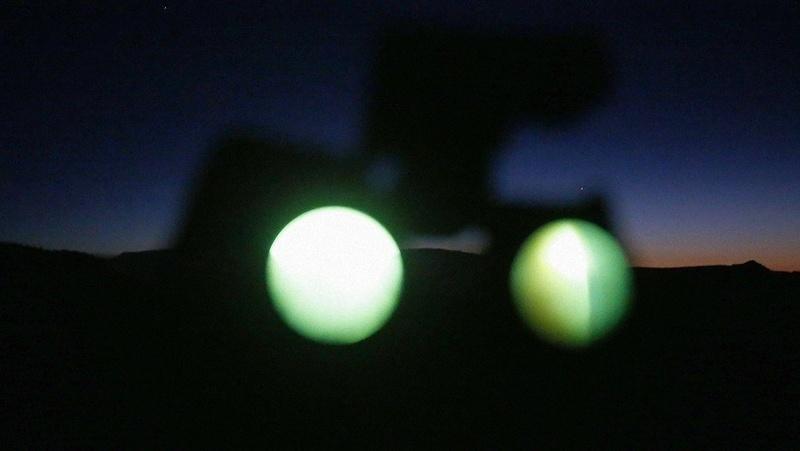 Inquietante video del encuentro de un OVNI publicado por el Pentágono, tras admitir un programa secreto Ra10