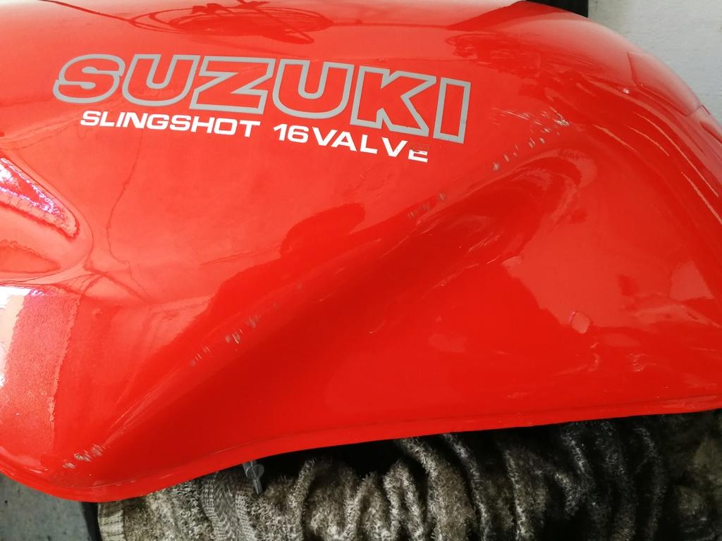Restauración de Suzuki GSF 400 Bandit GK75A - Página 27 Img_2171