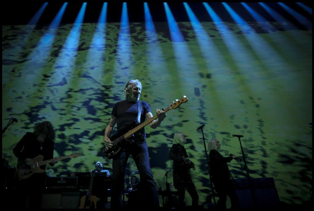 Roger  Waters: Barcelona 13 y 14/04/2018 ; Madrid 24 y 25/05/2018  Screen14