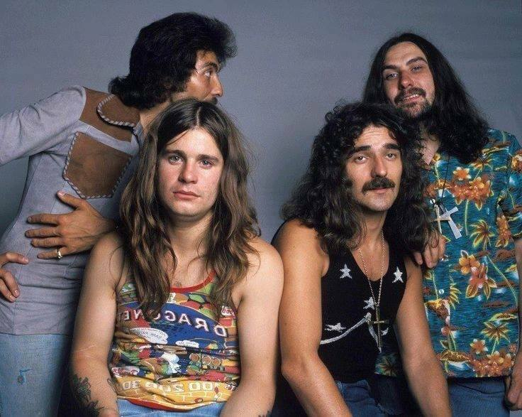 Black Sabbath: Tony Martin (p. 12) 27858811