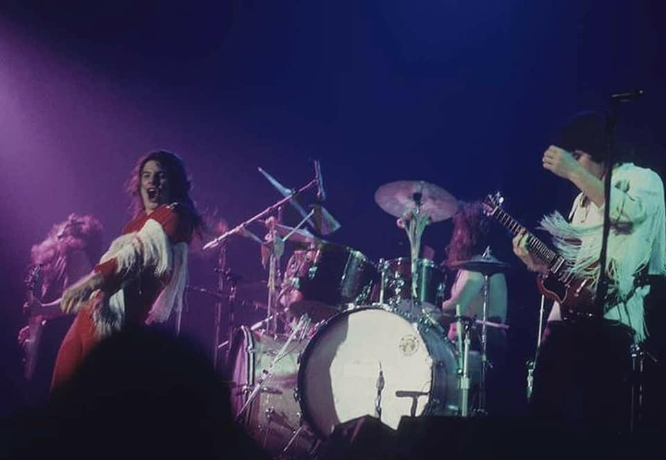 Black Sabbath: Tony Martin (p. 12) 28168611