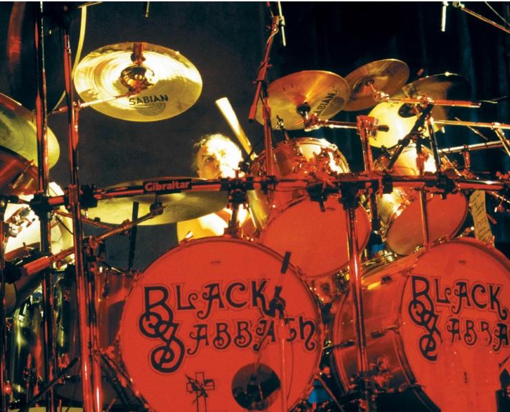Black Sabbath: Tony Martin (p. 12) Bill_n10