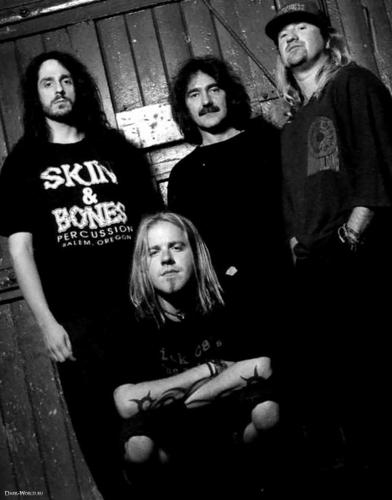 Black Sabbath: Reunion, 1998 (p. 37) - Página 11 Dw_9a510