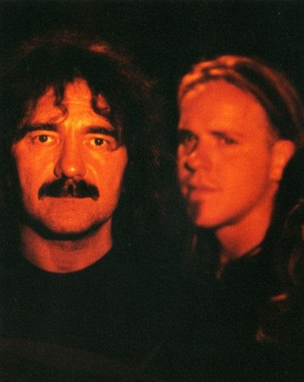 Black Sabbath: Reunion, 1998 (p. 37) - Página 11 Gzr_ba10