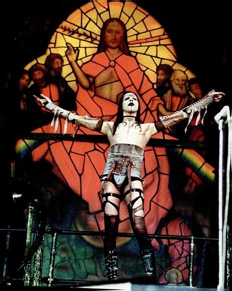 Black Sabbath: Reunion, 1998 (p. 37) - Página 18 Marily11