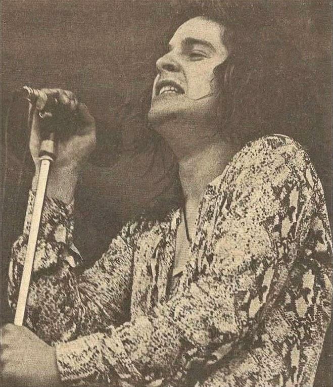 Black Sabbath: Tony Martin (p. 12) Plumpt10