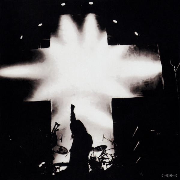 Black Sabbath: Tony Martin (p. 12) R-260411