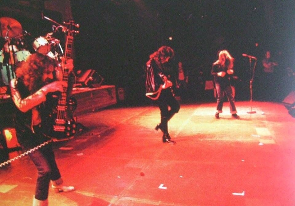 Black Sabbath: Tony Martin (p. 12) Tour_110