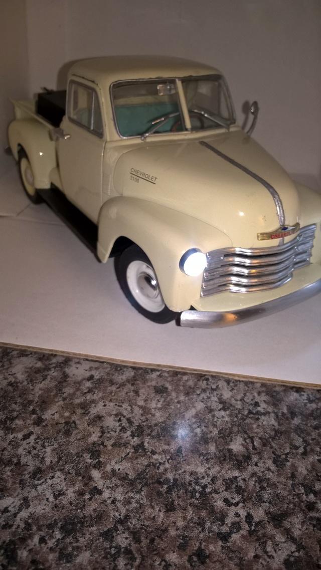 Reconstrucción y modificación de pickup Chevrolet 1953 Welly 1/24   Wp_20158