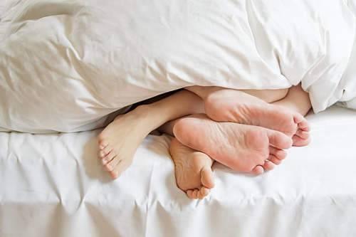 هل تعلمي إن  الجنس الغير تقليدي قد يكون مفتاج السعادة 5abbb710