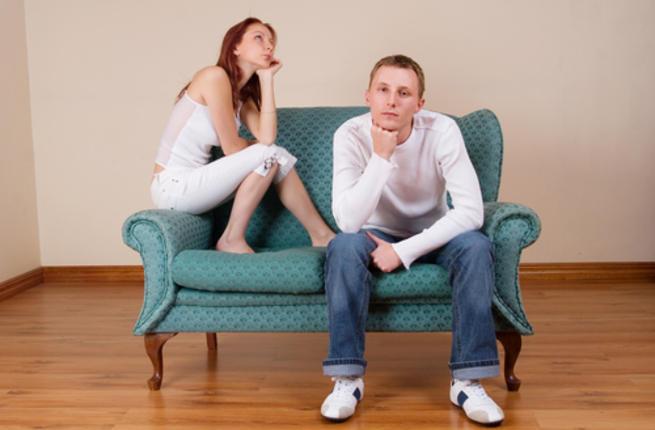 13 علامة تدل على الملل في العلاقة الزوجية! Boring10