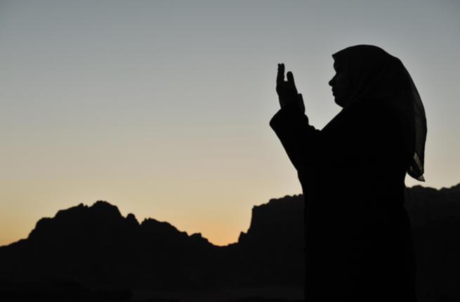 أدعية مستجابة لقضاء الحاجة Pray-w10