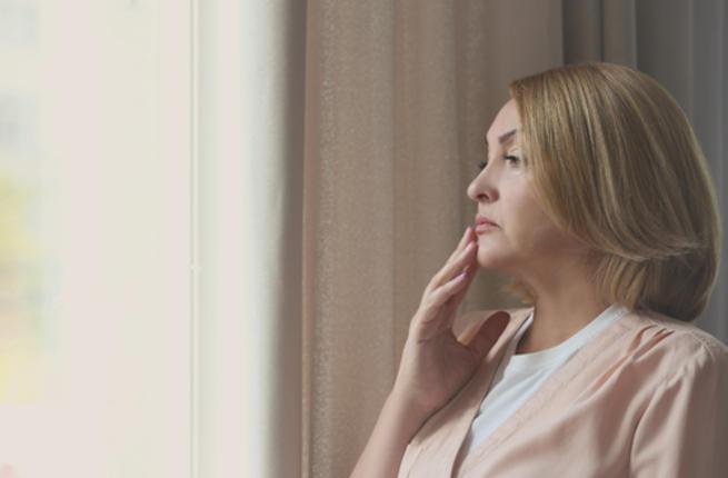 دليلك الكامل حول إنقطاع الطمث في سن الخمسين Women_10