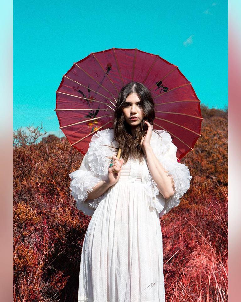 "Pearl Charles - ""Magic Mirror"" (15.01.21) - rock, country, folk, pop, americana, psicodelia, desert - Los Ángeles, CA 27459010"