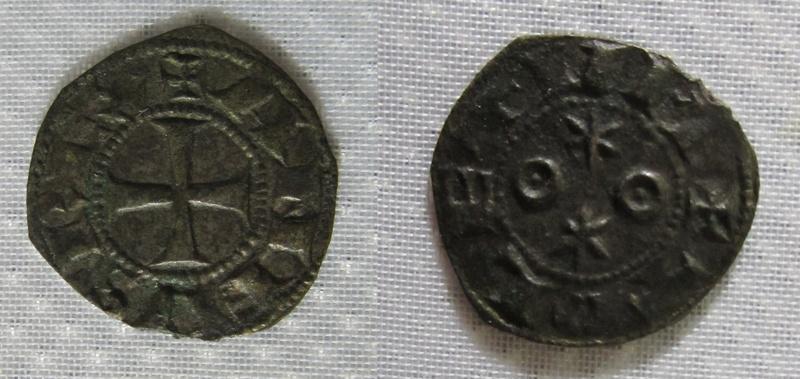 Dinero Alfonso VI. Toledo. (tipo astros) 1088 - 1100 d C. Alfons10