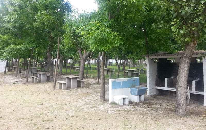 Acampada en Santa Teresita  ( alternativa al motoencuentro en Azul ) Sc_510