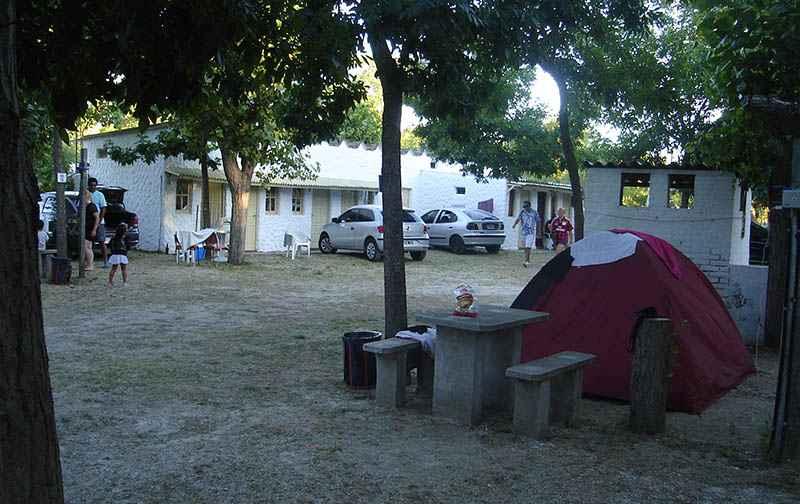 Acampada en Santa Teresita  ( alternativa al motoencuentro en Azul ) Sc_810