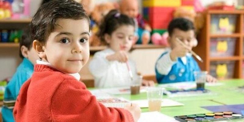 """مع تطبيق المنظومة الجديدة على رياض الأطفال- معلمات رياض الأطفال """" مطحونين  ومش لاقيين"""" و أملنا فى الوزير كبير _a10"""