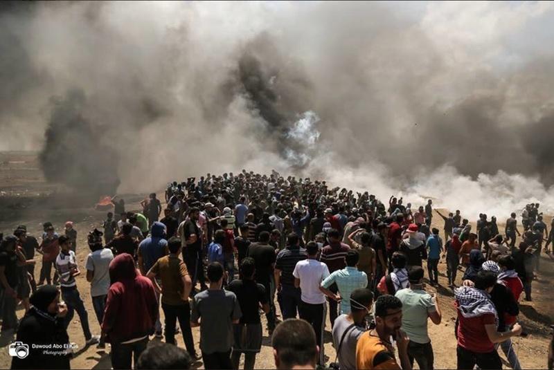 بالتزامن مع احتفالية نقل السفارة الأمريكية للقدس استشهاد أكثر من 40 فلسطينى  و آلاف الجرحى حتى الآن Uy_o10