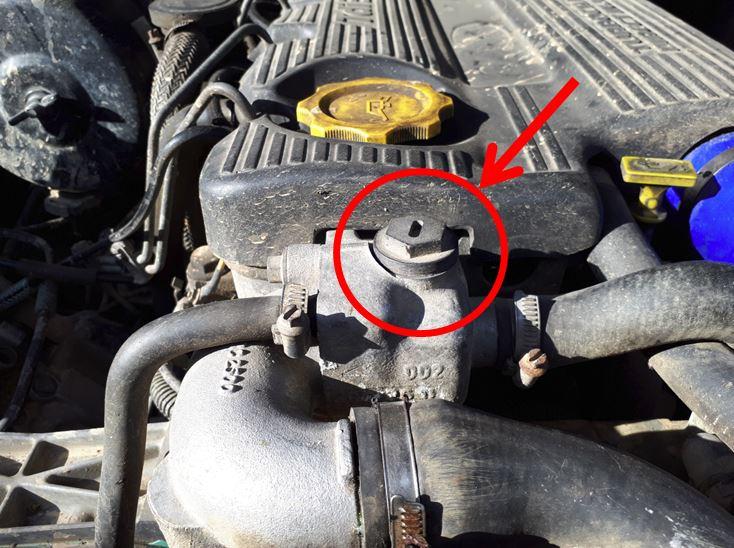 Dépose radiateur: vidanger son circuit de refroidissement sans mettre du liquide partout ....  Boucho11