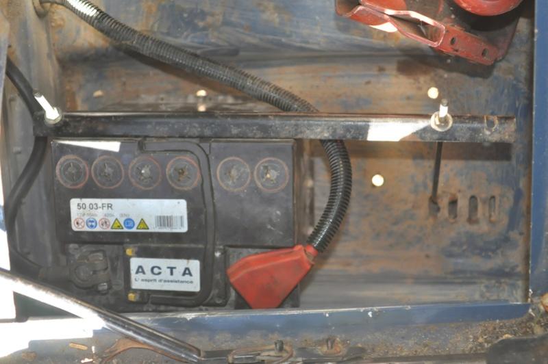 Bac à batterie Defender 300 Tdi 1994 Montag10