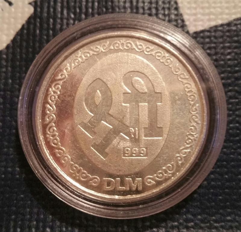 Ayuda con esta medalla 2018-011