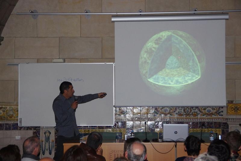 """Propera conferència divendres dia 17: """"Meteoritos. Origen, historia y composición mineralógica"""" 512"""