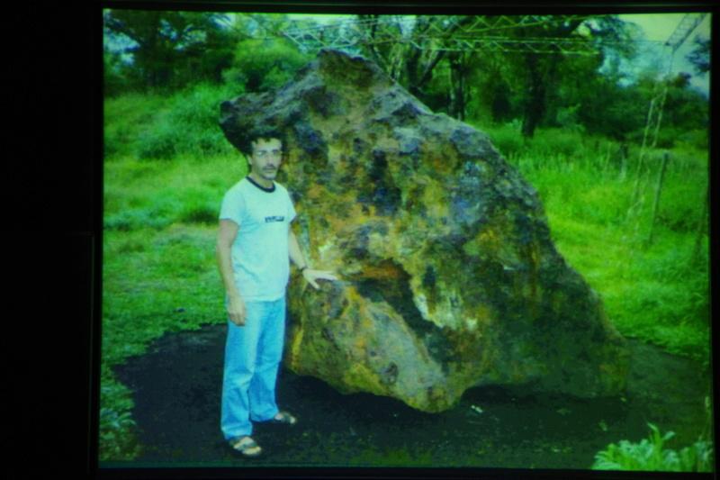 """Propera conferència divendres dia 17: """"Meteoritos. Origen, historia y composición mineralógica"""" 610"""