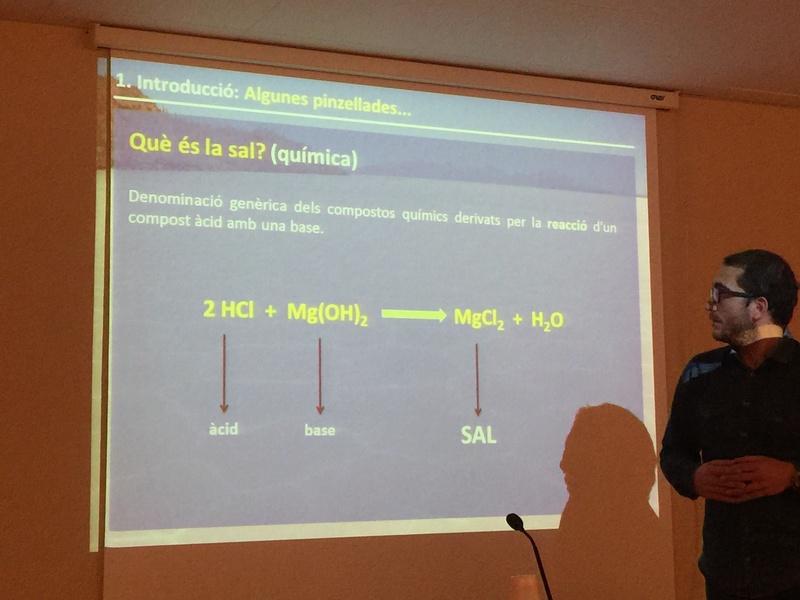 """Crònica de la conferència """"La geologia de la sal"""". Img_0010"""