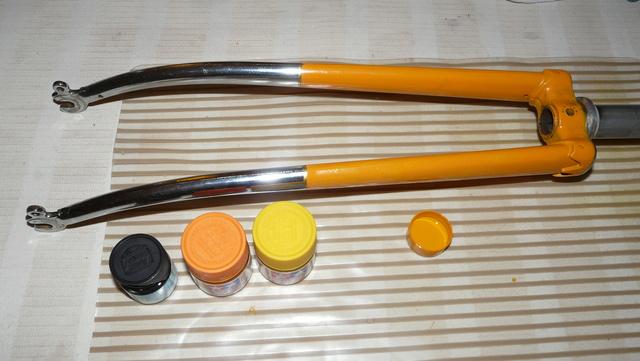 Peugeot PL8  orange de 1977 P1220612
