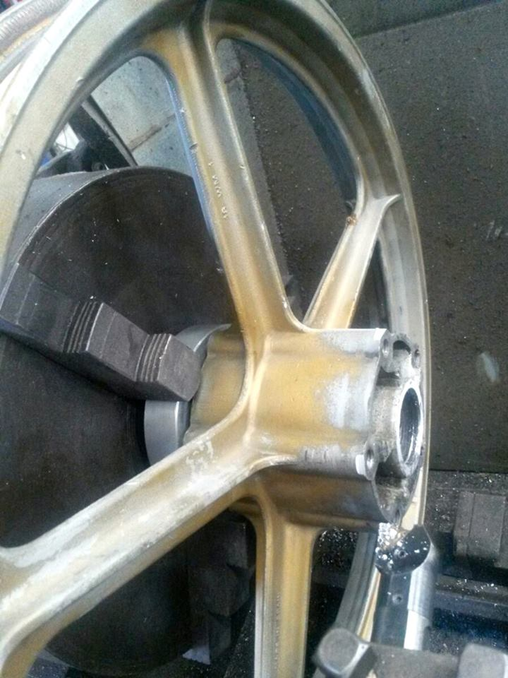 Réplica Bultaco 50 MOTUL Carmona 1982 - Página 11 11079610