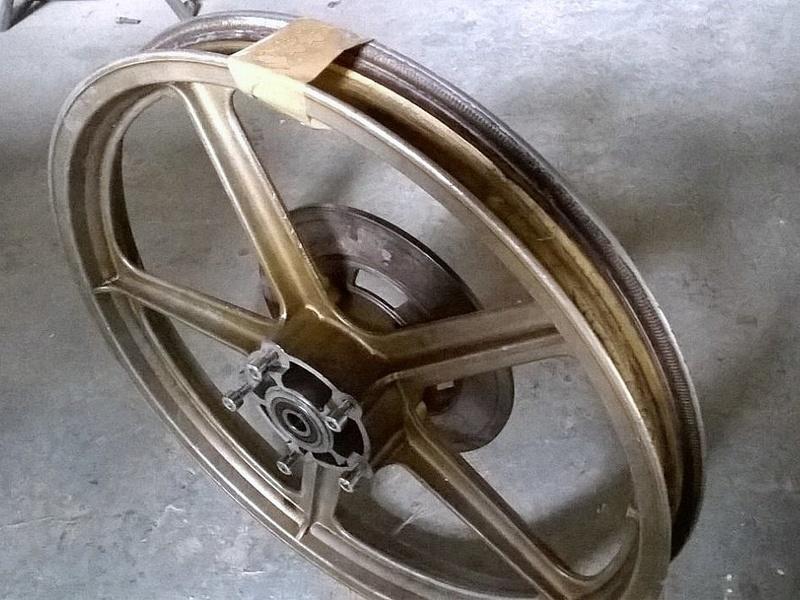 Réplica Bultaco 50 MOTUL Carmona 1982 - Página 11 11159910