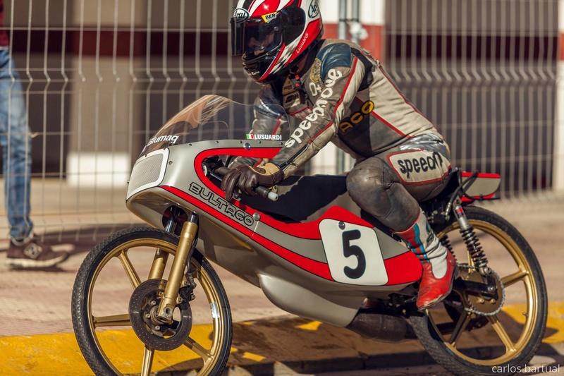Réplica Bultaco 50 MOTUL Carmona 1982 - Página 19 26962010