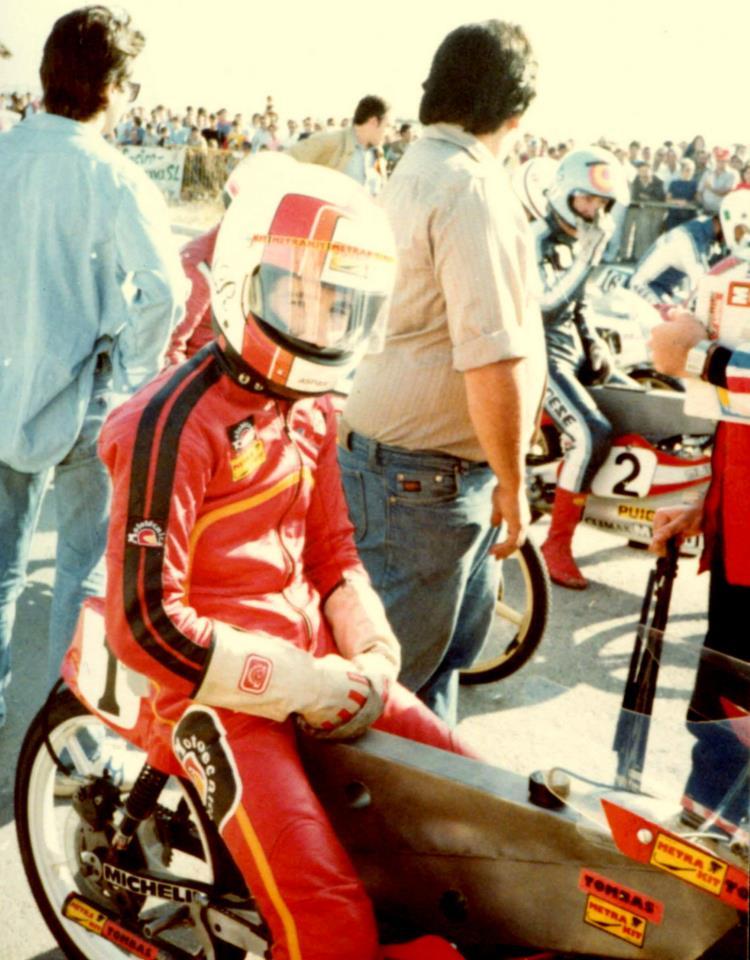 Réplica Bultaco 50 MOTUL Carmona 1982 - Página 19 67991_10