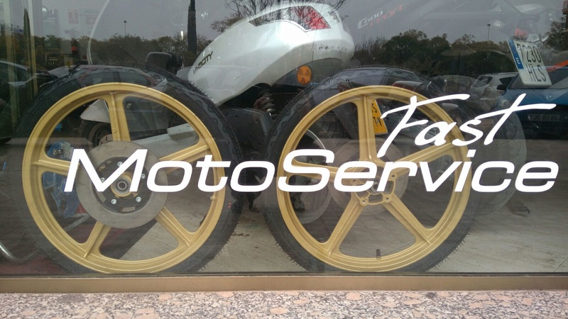 Réplica Bultaco 50 MOTUL Carmona 1982 - Página 19 74eb1610
